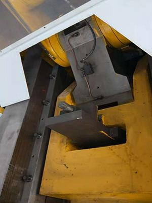 315 ton Knuckle Joint Press, Horizontal Type